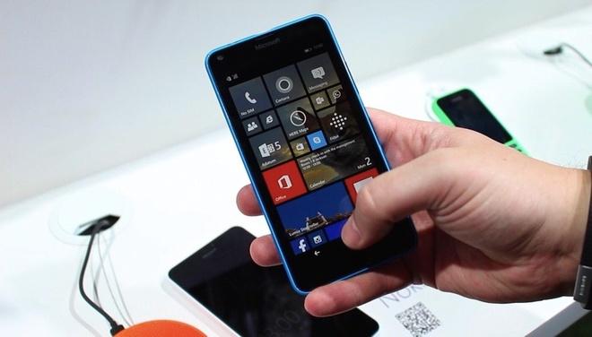 Smartphone gia re sap o at len ke tai Viet Nam hinh anh