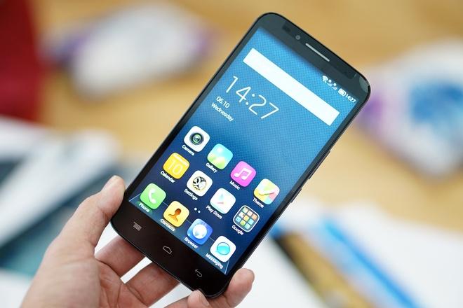 Smartphone co camera tu suong 8 MP re nhat Viet Nam hinh anh