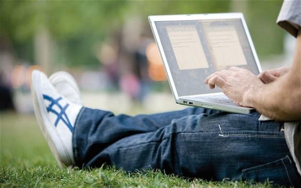 Tiep xuc voi Wi-Fi nhieu, lieu co bi ung thu? hinh anh