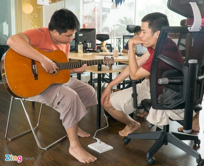 Van phong cong ty cong nghe Viet dep nhu Google, Facebook hinh anh 14