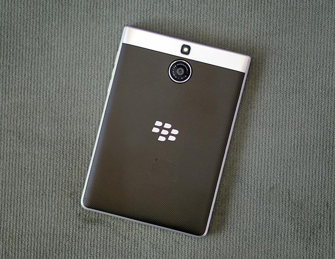 Chi tiet BlackBerry Passport Silver vua xuat hien o Viet Nam hinh anh