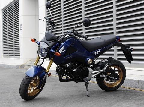 Honda, Yamaha loay hoay voi xe con tay co nho hinh anh 2
