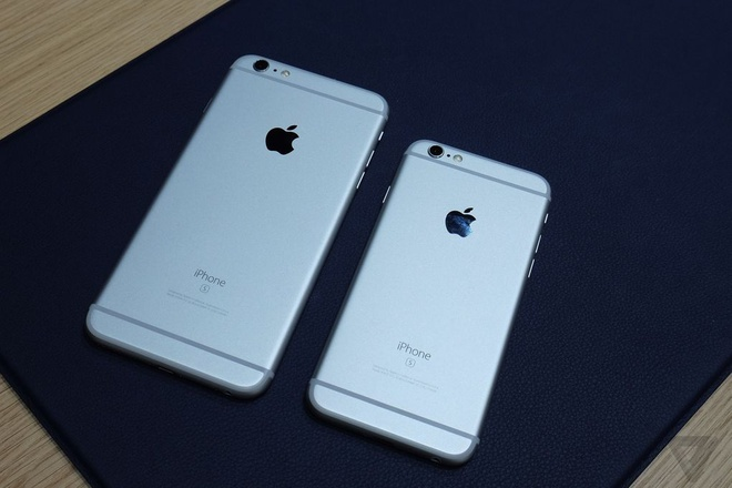 Đúng như những dự đoán trước đó, thiết kế của bộ đôi iPhone mới không thay  đổi so với iPhone 6 và iPhone 6 Plus, nhưng thân máy được làm từ hợp ...