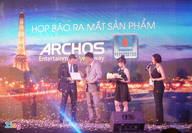 Archos trinh lang loat smartphone, tablet gia tot tai VN hinh anh 2