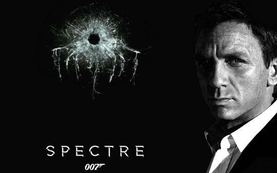 Diep vien 007 tu choi dung dien thoai Android hinh anh