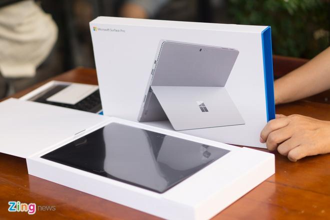 Mo hop Surface Pro 4 gia gan 30 trieu vua ve Viet Nam hinh anh 2