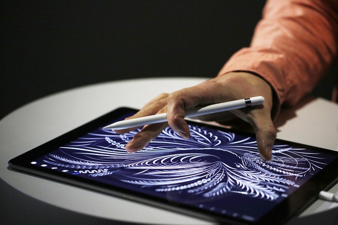 But cam ung cua iPad Pro lien tuc bi danh cap o Apple Store hinh anh 1