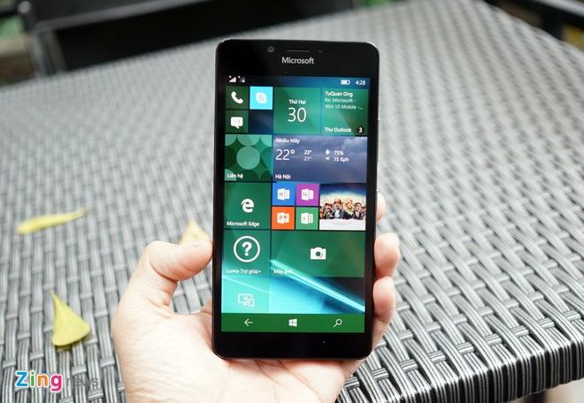 Can canh Microsoft Lumia 950 vua co mat tai Sai Gon hinh anh 12