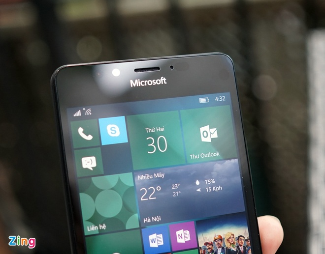 Can canh Microsoft Lumia 950 vua co mat tai Sai Gon hinh anh 7