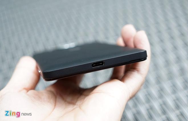 Can canh Microsoft Lumia 950 vua co mat tai Sai Gon hinh anh 2