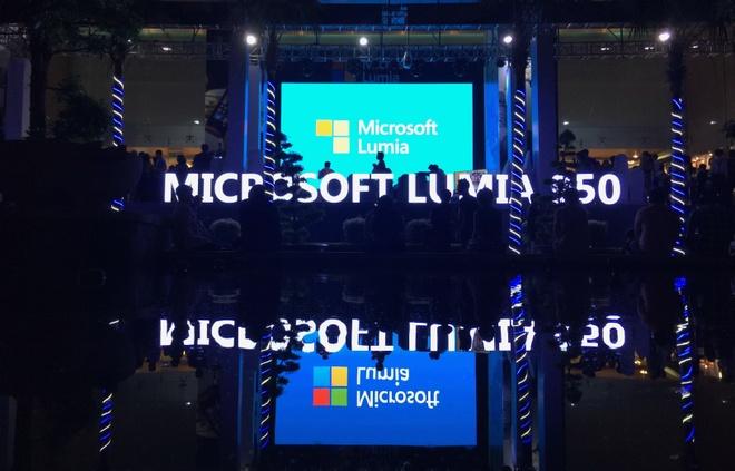 Microsoft Lumia muon lay tinh yeu cua Nokia o Viet Nam hinh anh 1