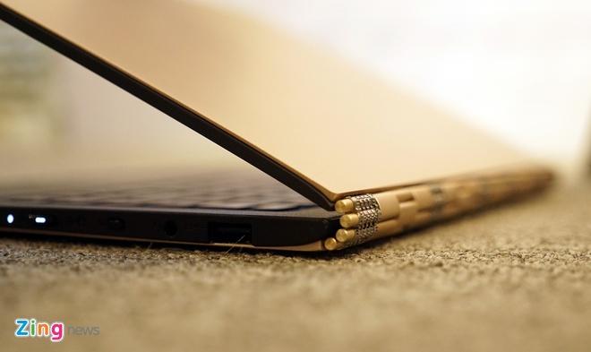 Lenovo ra mat 2 laptop Yoga sieu mong chay Windows 10 o VN hinh anh 9