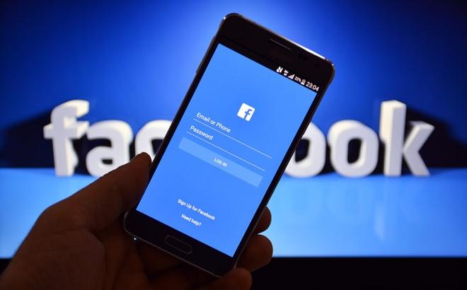 Ban co phai la nguoi trung thanh voi Facebook? hinh anh
