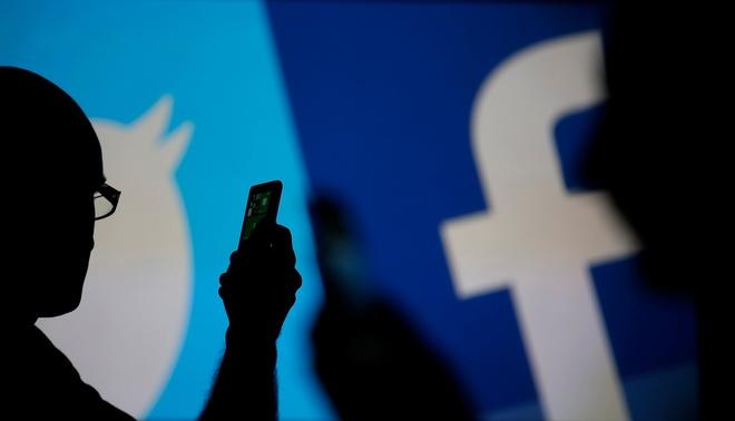 Facebook thua nhan can hoc hoi tu Twitter hinh anh