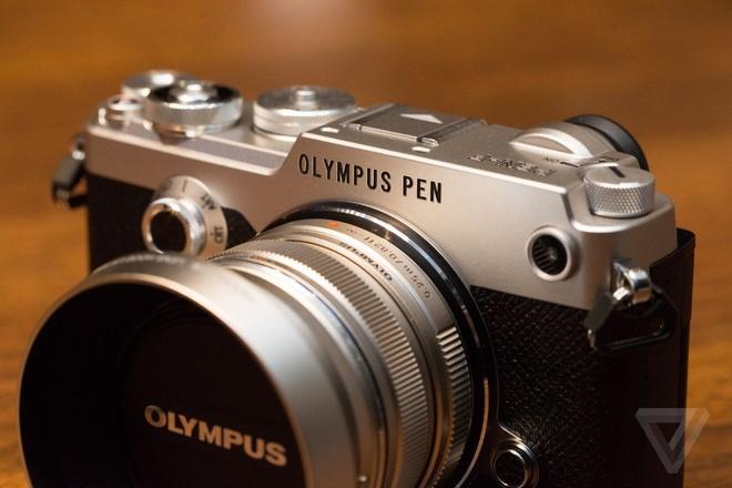 May anh mirrorless Olympus Pen-F kieu dang hoai co hinh anh 2