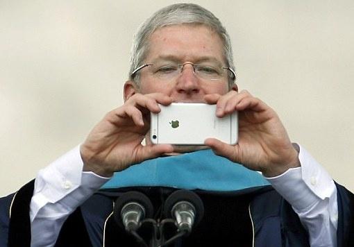 Apple cung ran voi FBI, ngoan ngoan o Trung Quoc hinh anh