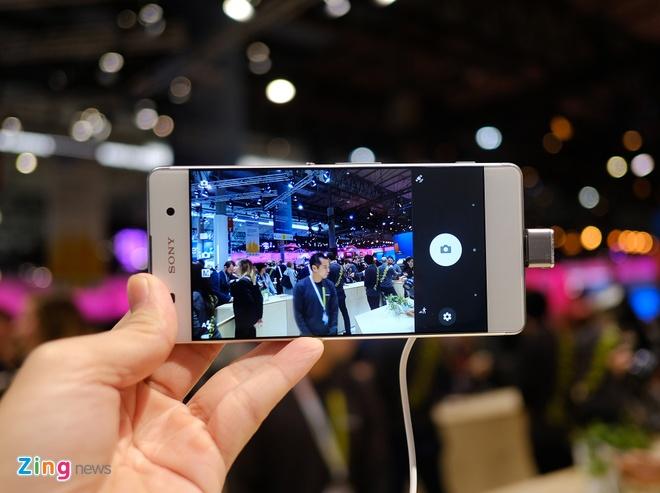 Can canh Sony Xperia X va XA vua ra mat hinh anh 14