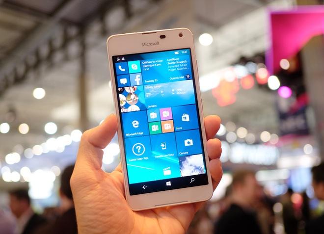 Lumia 650 vo kim loai, dang mong xuat hien tai MWC 2016 hinh anh