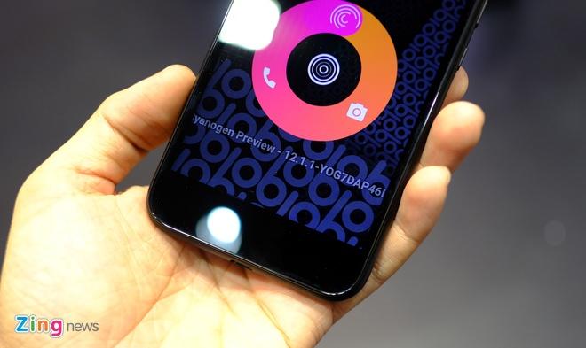 Smartphone cua cuu CEO Apple ban tai VN trong thang 4 hinh anh 2
