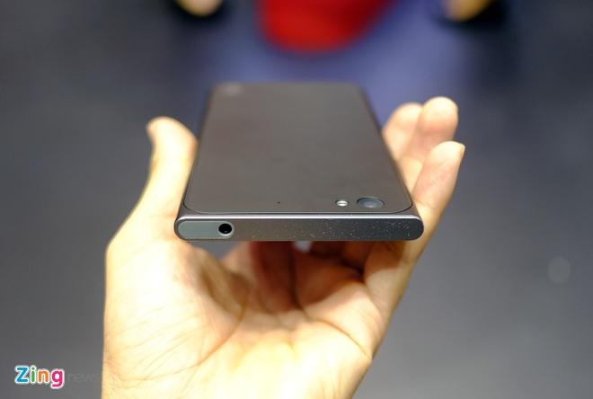 Smartphone cua cuu CEO Apple ban tai VN trong thang 4 hinh anh 4