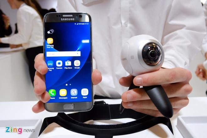 Camera Samsung Gear 360 len ke tai VN voi gia 6,9 trieu dong hinh anh 2