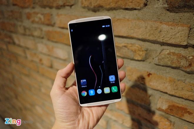 Lenovo ra mat loat smartphone ho tro kinh VR tai Viet Nam hinh anh 6