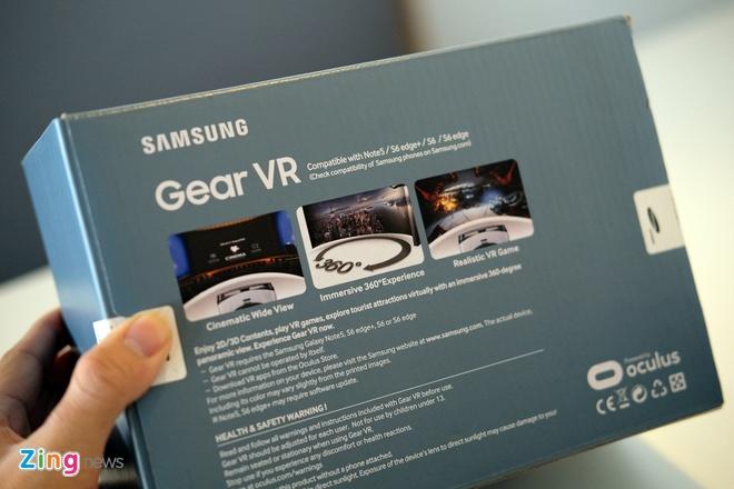 Mo hop kinh Samsung Gear VR xem video thuc te ao o VN hinh anh 2