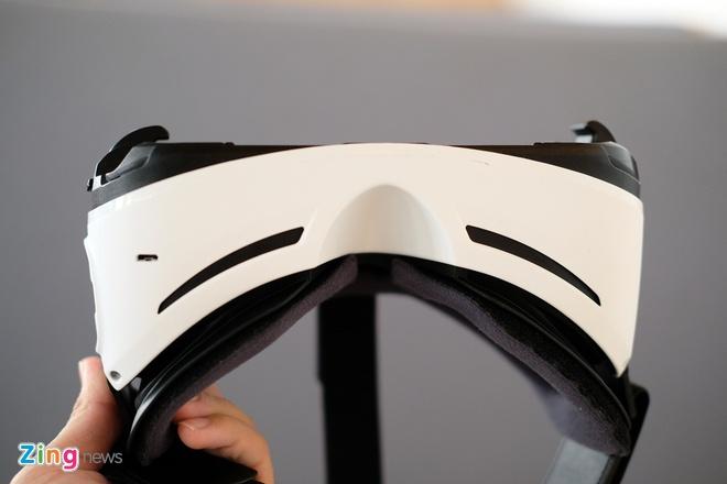 Mo hop kinh Samsung Gear VR xem video thuc te ao o VN hinh anh 11