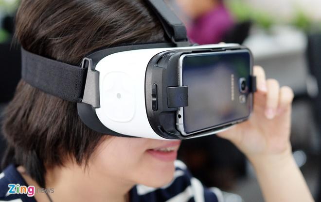 Mo hop kinh Samsung Gear VR xem video thuc te ao o VN hinh anh 12