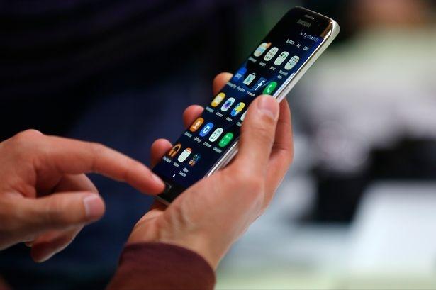 Galaxy S7 - tien phong thiet ke smartphone hinh anh