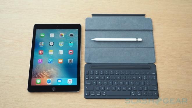 Apple ra mat iPad Pro 9,7 inch gia tu 599 USD hinh anh
