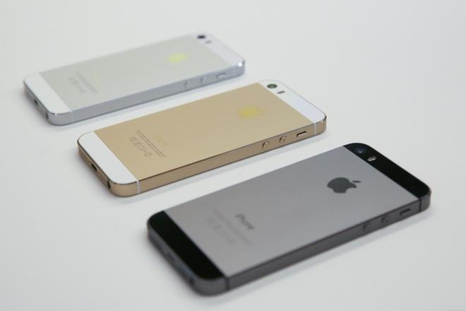 iPhone 5S bi Apple khai tu hinh anh 1