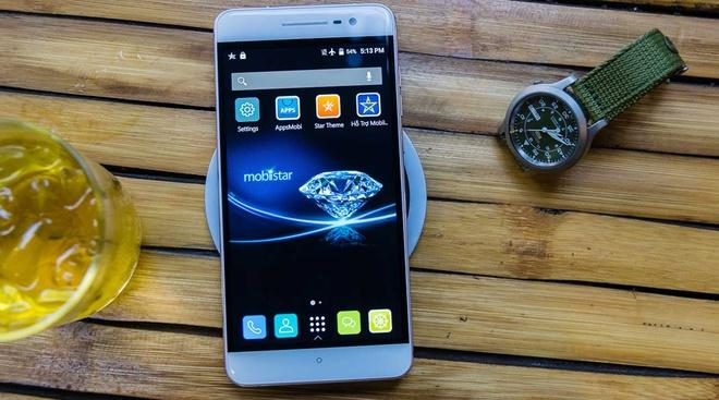 Loat smartphone moi ban tai Viet Nam trong thang 4 hinh anh 2