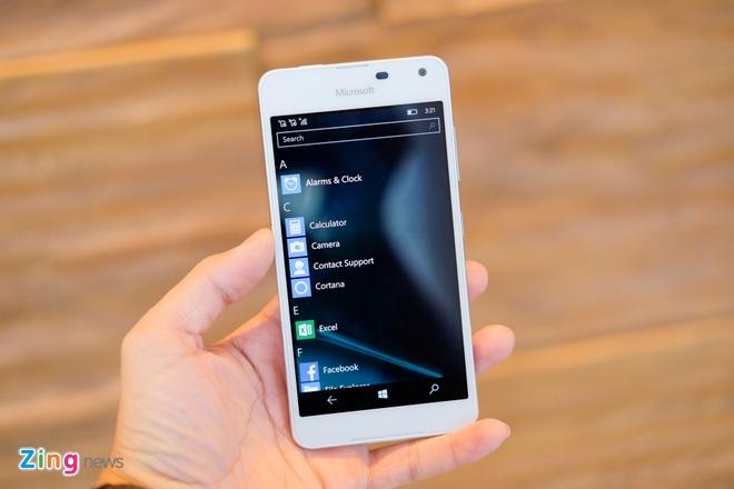 Mo hop Lumia 650 vo nhom, than mong gia 3,9 trieu o VN hinh anh 11