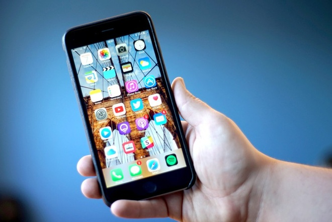 iPhone 7 co the dung chip mang do Intel san xuat hinh anh
