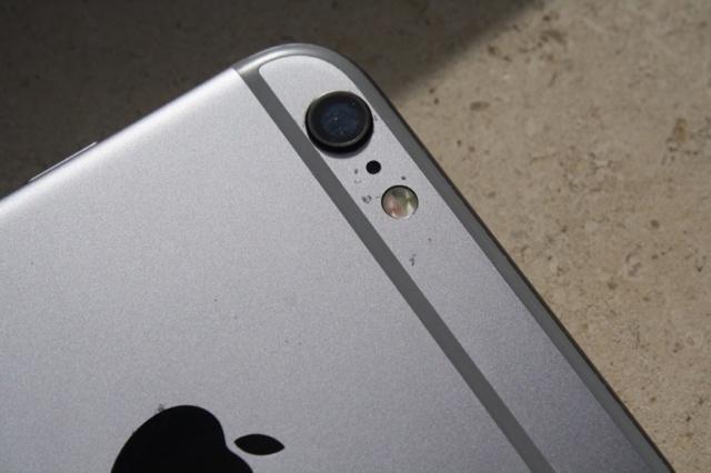 Nguoi dung the gioi buc xuc loi tray xuoc tren iPhone 6S hinh anh 2