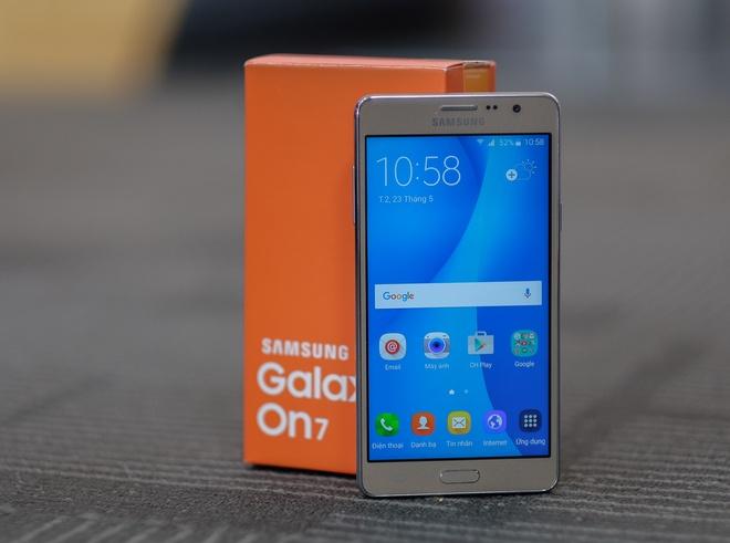 Anh Galaxy On7 camera 13 MP gia 3,9 trieu dong vua len ke hinh anh