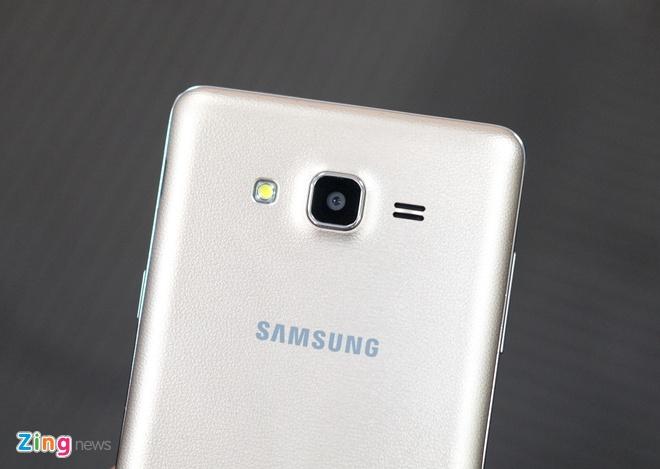 Anh Galaxy On7 camera 13 MP gia 3,9 trieu dong vua len ke hinh anh 6