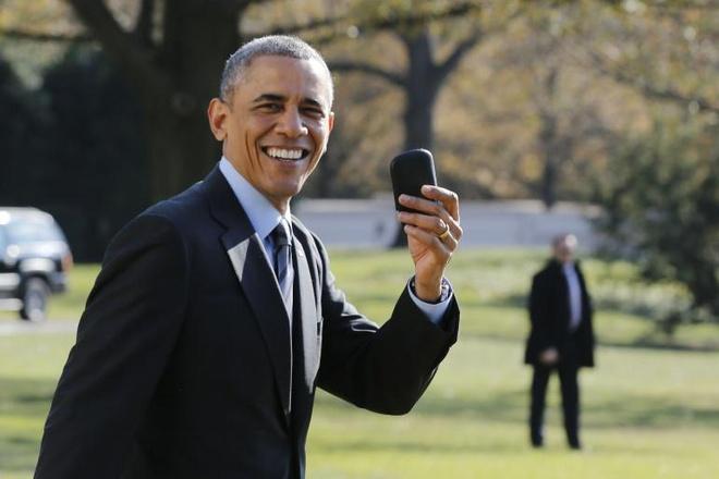 Ong Obama duoc bao ve tren Internet ra sao? hinh anh