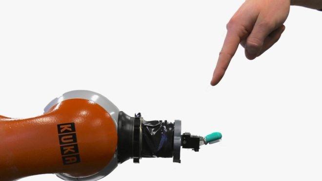 Robot da biet dau don hinh anh 1