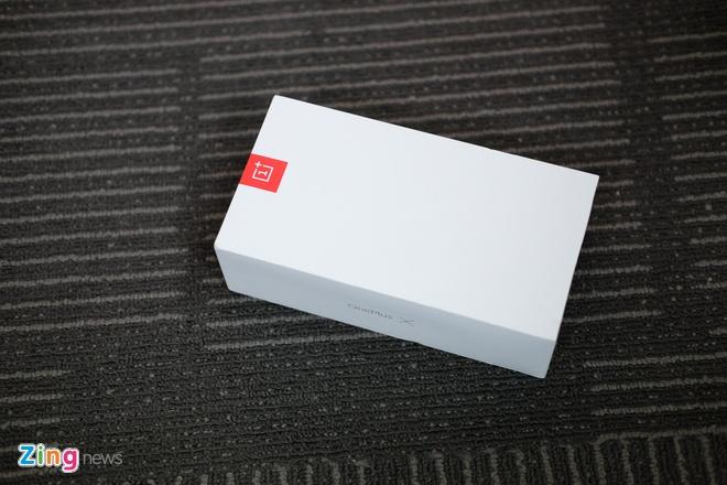Mo hop OnePlus X RAM 3 GB, hai mat kinh, gia 4,9 trieu o VN hinh anh 1