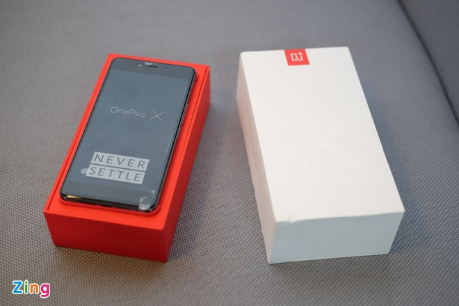 Mo hop OnePlus X RAM 3 GB, hai mat kinh, gia 4,9 trieu o VN hinh anh 2