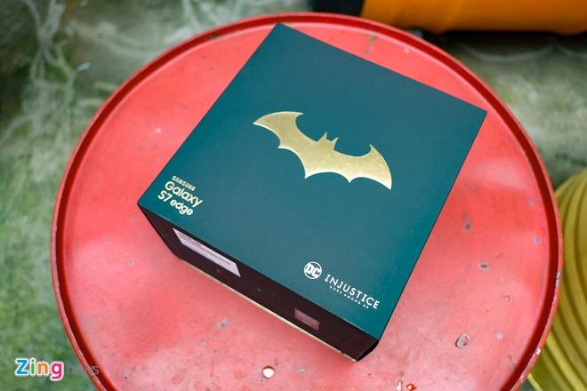 Mo hop Galaxy S7 edge ban Batman chinh hang hinh anh