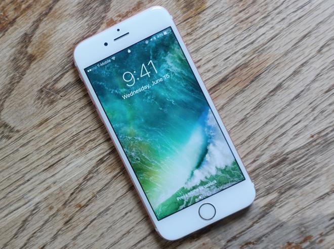 Da co iOS 10 beta 2 cho iPhone va iPad hinh anh