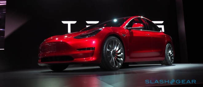 Tesla doi thiet ke mau xe dien Model 3 hinh anh