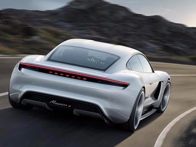 Porsche san xuat xe dien canh tranh Tesla hinh anh