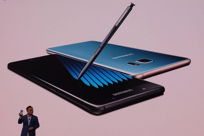 Video Samsung trinh lang Galaxy Note7 voi but S Pen moi hinh anh