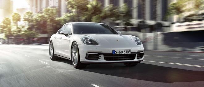 Loat anh Porsche Panamera 4 E-Hybrid vua ra mat hinh anh 4
