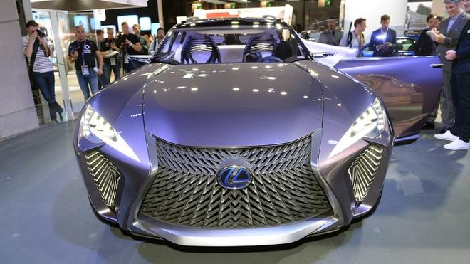 Chi tiet concept Lexus UX ham ho tai Paris Motor Show hinh anh 3