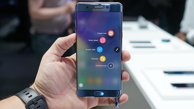 Samsung tra tien cho nguoi dung Note 7 doi sang iPhone hinh anh